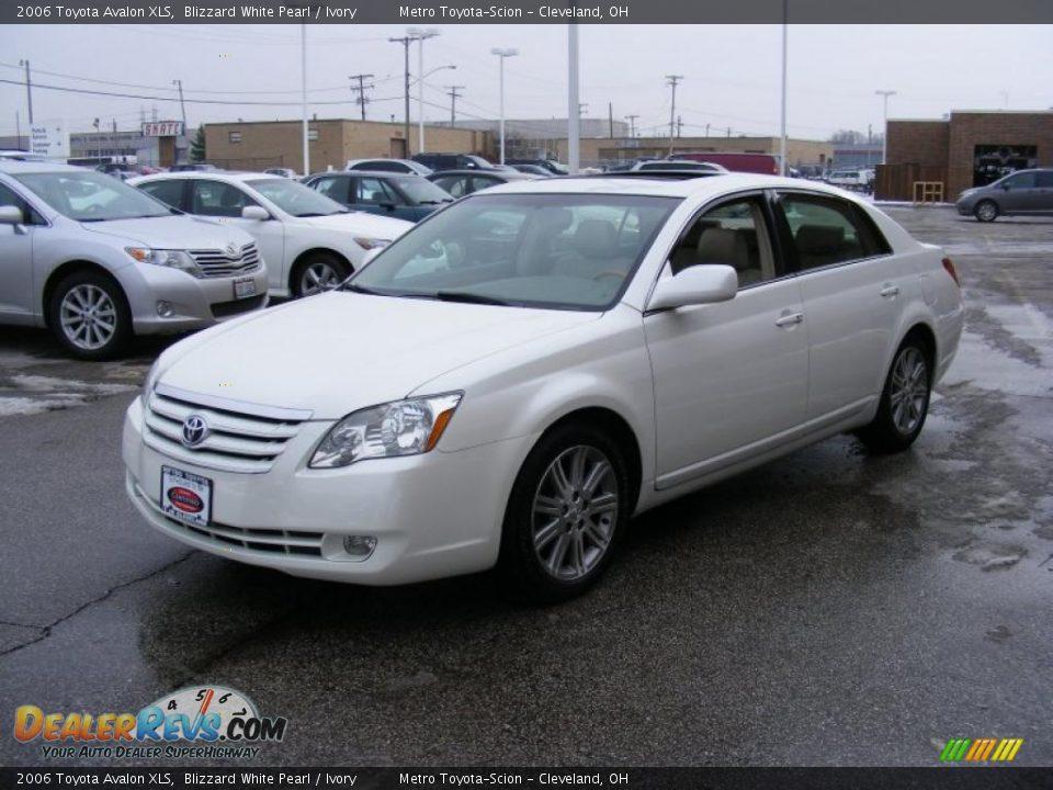 2006 Toyota Avalon Xls Blizzard White Pearl Ivory Photo