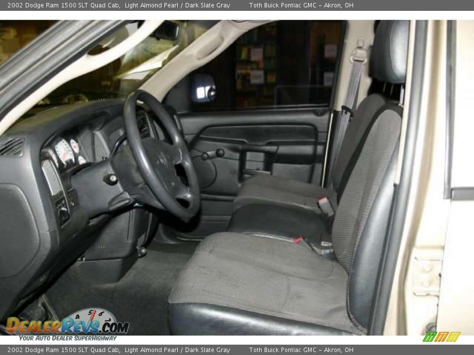 dark slate gray interior 2002 dodge ram 1500 slt quad cab photo 6. Black Bedroom Furniture Sets. Home Design Ideas