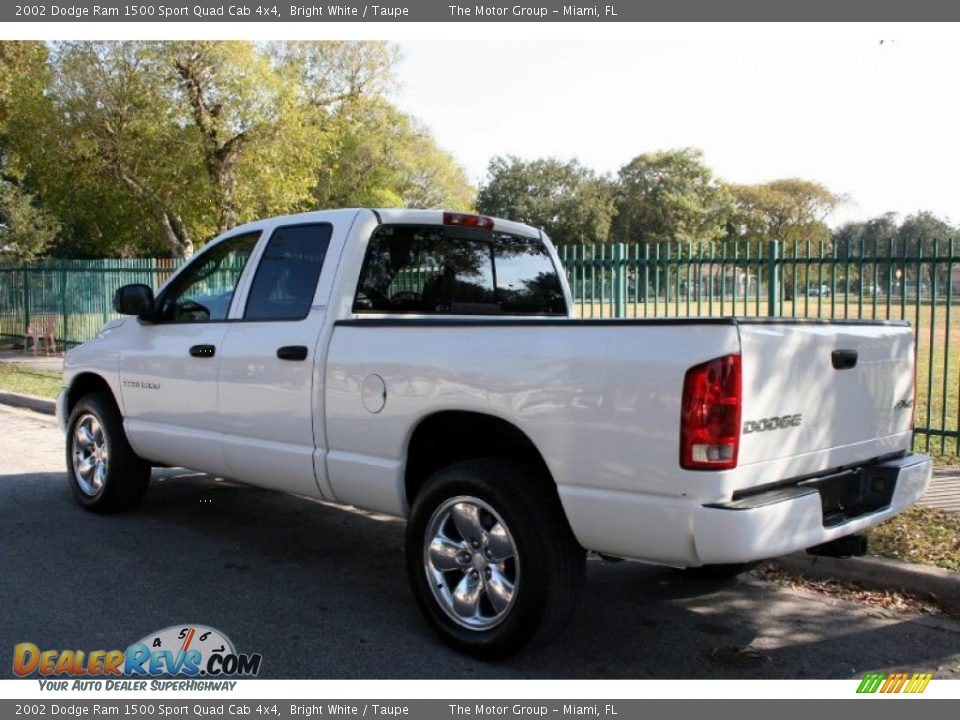 2002 dodge ram 1500 sport quad cab 4x4 bright white taupe photo 6. Black Bedroom Furniture Sets. Home Design Ideas