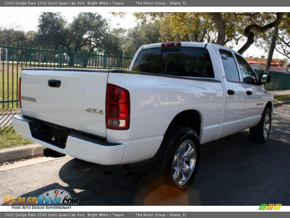 2002 dodge ram 1500 sport quad cab 4x4 bright white taupe photo 8. Black Bedroom Furniture Sets. Home Design Ideas