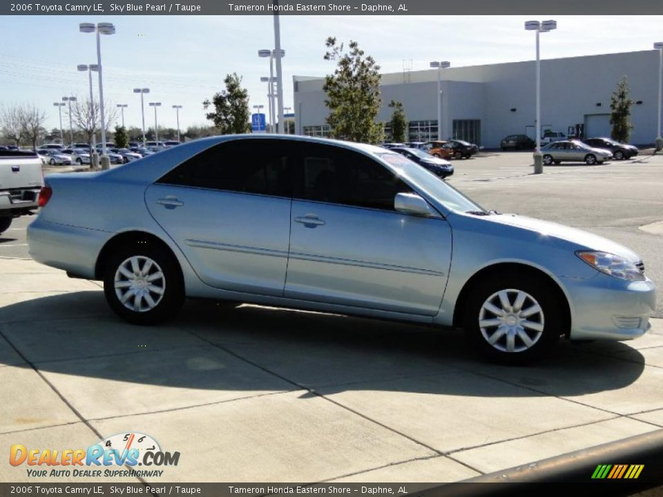 2006 toyota camry le sky blue pearl taupe photo 4. Black Bedroom Furniture Sets. Home Design Ideas