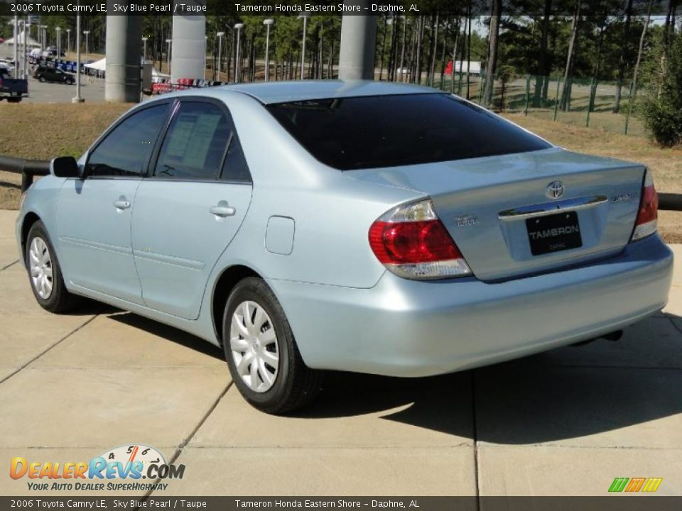 2006 toyota camry le sky blue pearl taupe photo 6. Black Bedroom Furniture Sets. Home Design Ideas