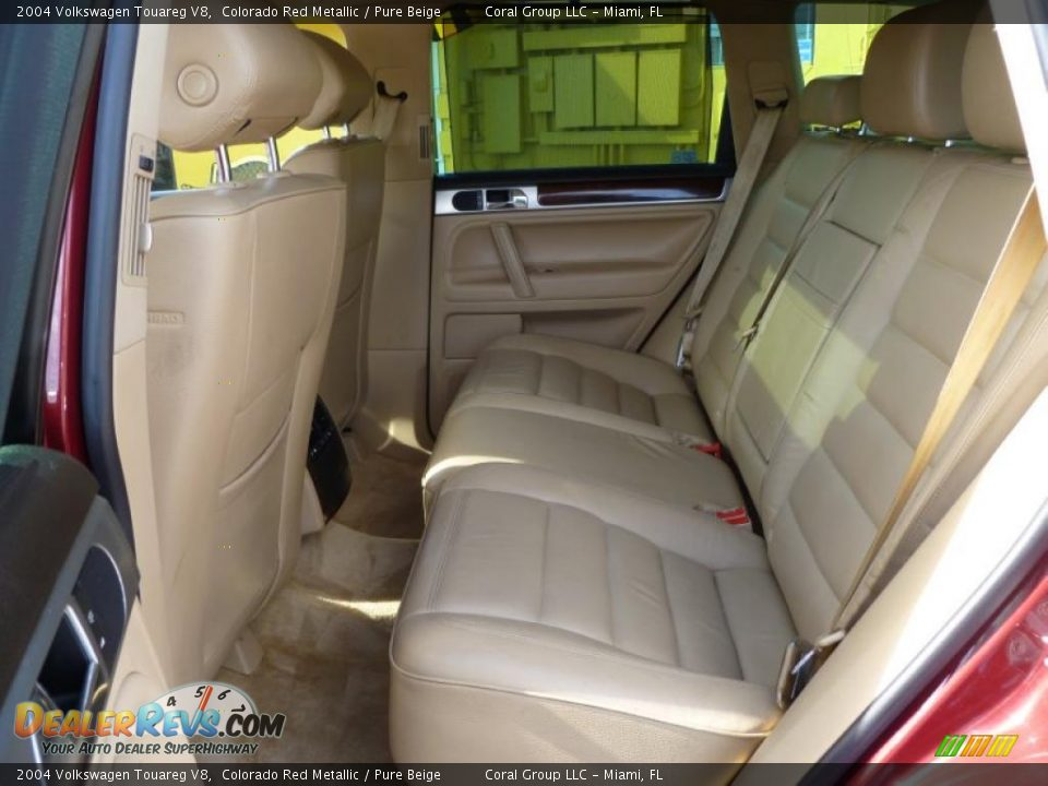 Pure Beige Interior 2004 Volkswagen Touareg V8 Photo 9