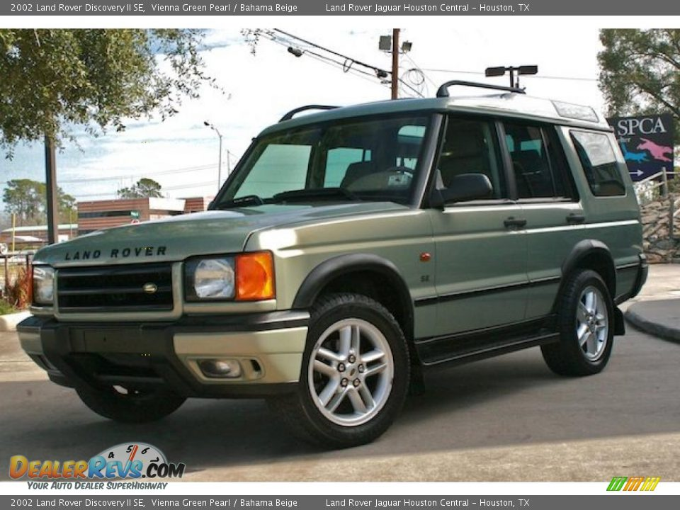 2002 land rover discovery ii se vienna green pearl bahama beige photo 2. Black Bedroom Furniture Sets. Home Design Ideas