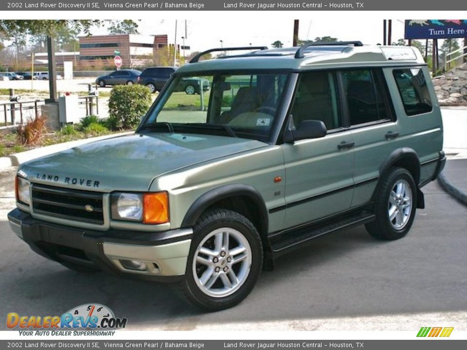 2002 land rover discovery ii se vienna green pearl bahama beige photo 7. Black Bedroom Furniture Sets. Home Design Ideas