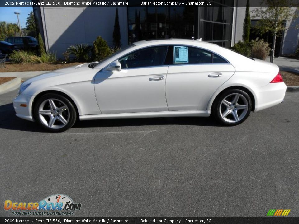 diamond white metallic 2009 mercedes benz cls 550 photo 2. Black Bedroom Furniture Sets. Home Design Ideas