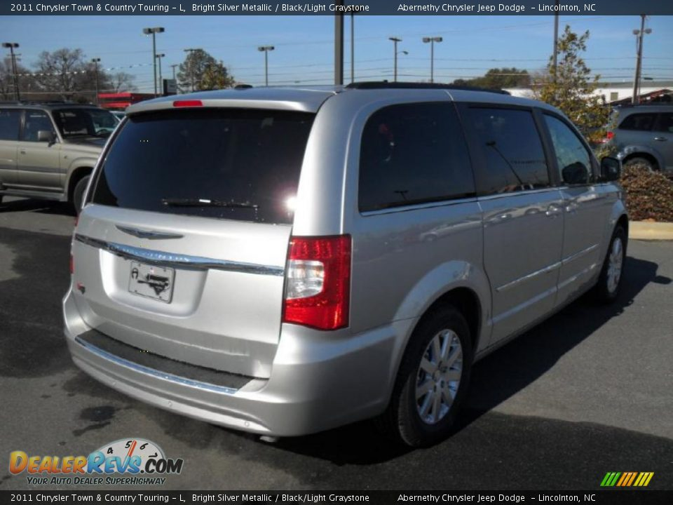 2011 Chrysler Town Amp Country Touring L Bright Silver