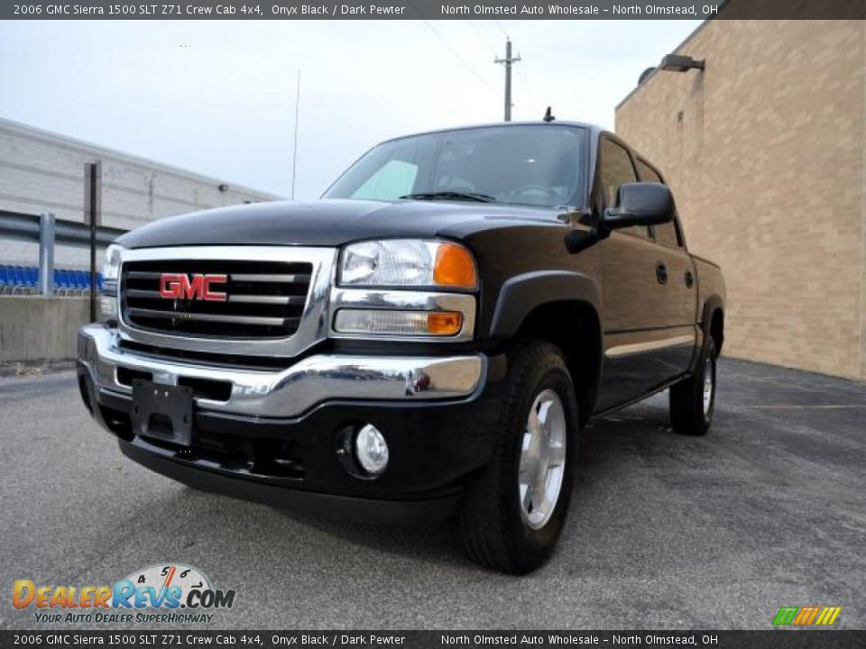 2006 gmc sierra 1500 slt z71 crew cab 4x4 onyx black dark pewter photo 1. Black Bedroom Furniture Sets. Home Design Ideas