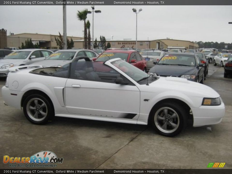 2001 ford mustang gt convertible oxford white medium. Black Bedroom Furniture Sets. Home Design Ideas