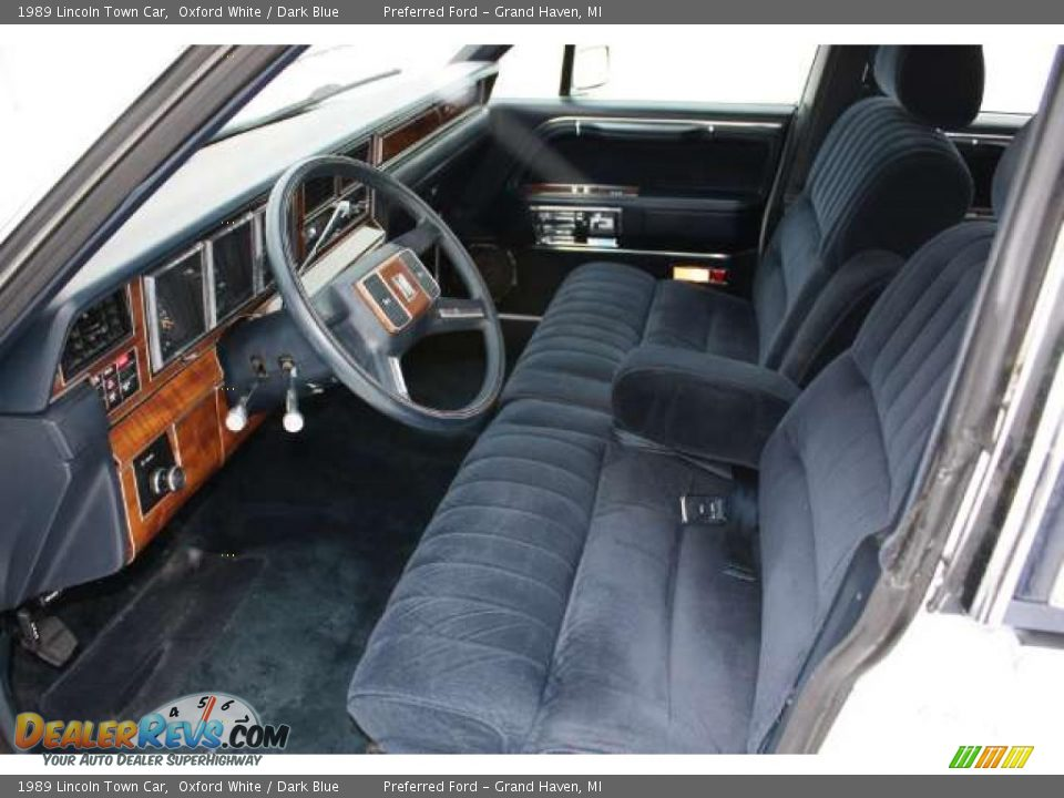 dark blue interior 1989 lincoln town car photo 7. Black Bedroom Furniture Sets. Home Design Ideas