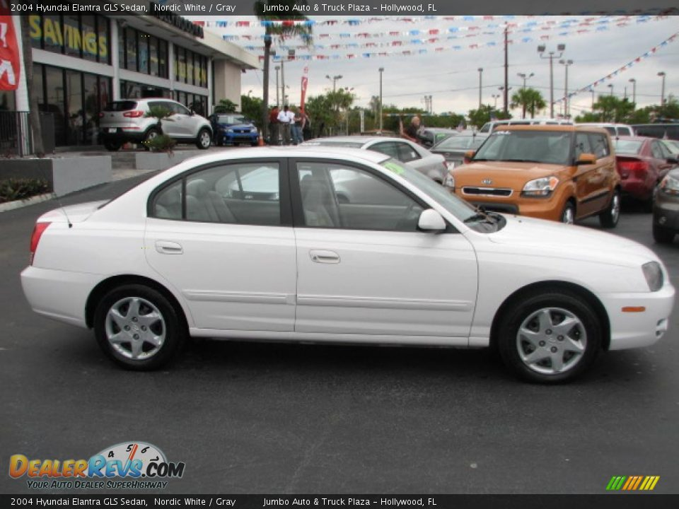 2004 hyundai elantra gls sedan nordic white gray photo. Black Bedroom Furniture Sets. Home Design Ideas