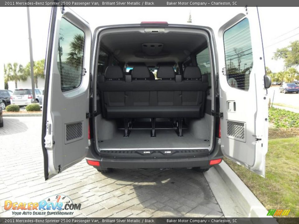 2011 Mercedes Benz Sprinter 2500 Passenger Van Trunk Photo