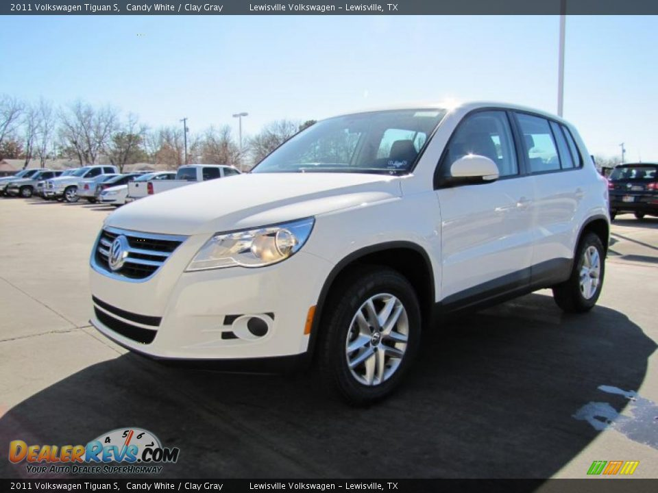 Candy White 2011 Volkswagen Tiguan S Photo 1 Dealerrevs Com