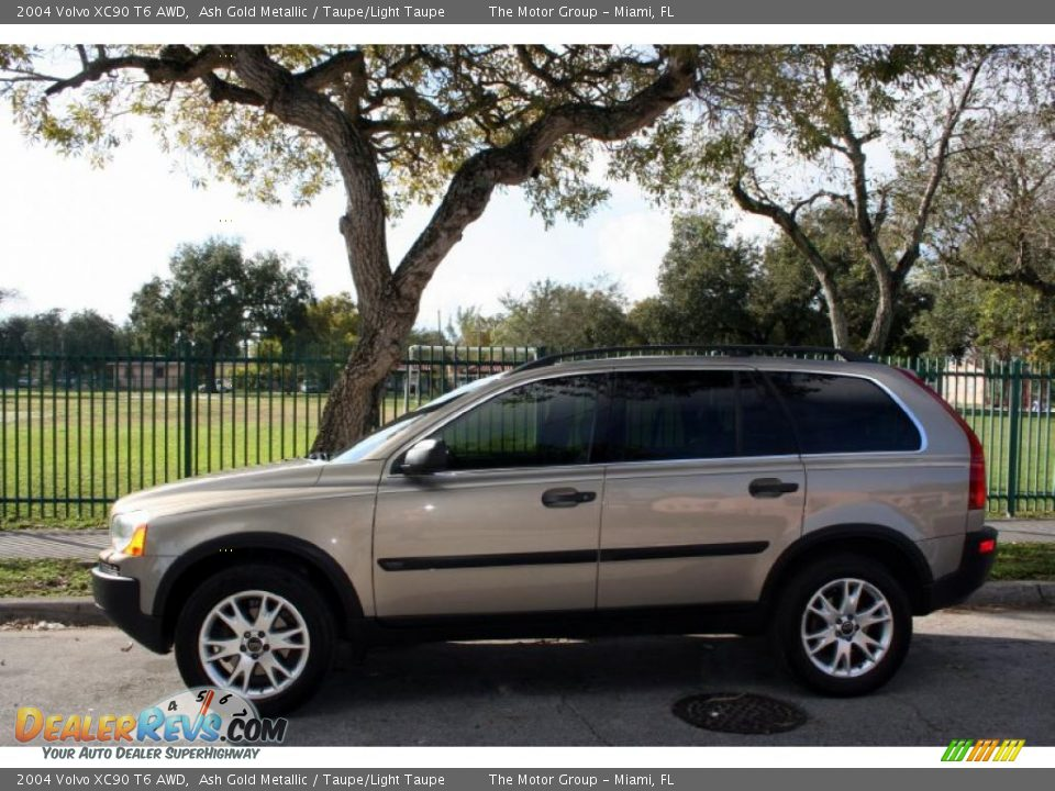 2004 volvo xc90 t6 awd ash gold metallic taupe light taupe photo 3. Black Bedroom Furniture Sets. Home Design Ideas