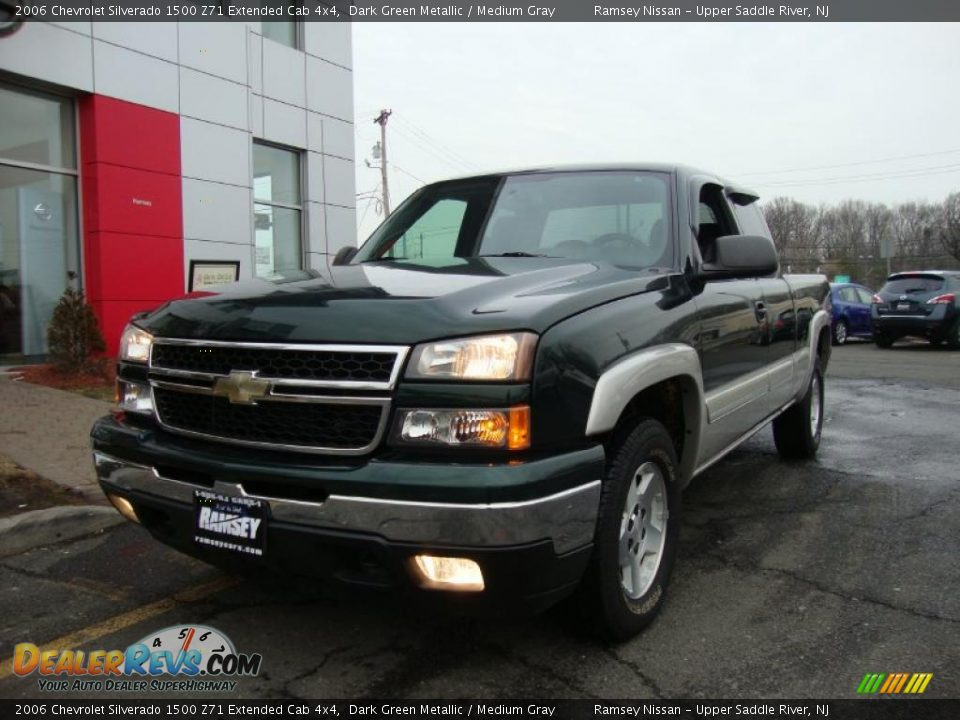 2006 chevrolet silverado 1500 z71 extended cab 4x4 dark green metallic medium gray photo 1. Black Bedroom Furniture Sets. Home Design Ideas