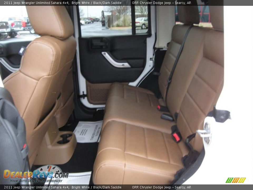 Black Dark Saddle Interior 2011 Jeep Wrangler Unlimited Sahara 4x4 Photo 14