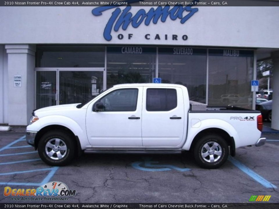 2010 nissan frontier pro 4x crew cab 4x4 avalanche white graphite photo 1. Black Bedroom Furniture Sets. Home Design Ideas