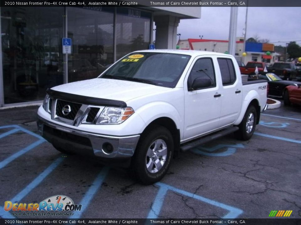 2010 nissan frontier pro 4x crew cab 4x4 avalanche white graphite photo 2. Black Bedroom Furniture Sets. Home Design Ideas
