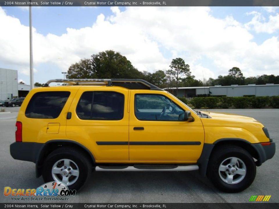 2004 Nissan Xterra Solar Yellow Gray Photo 13