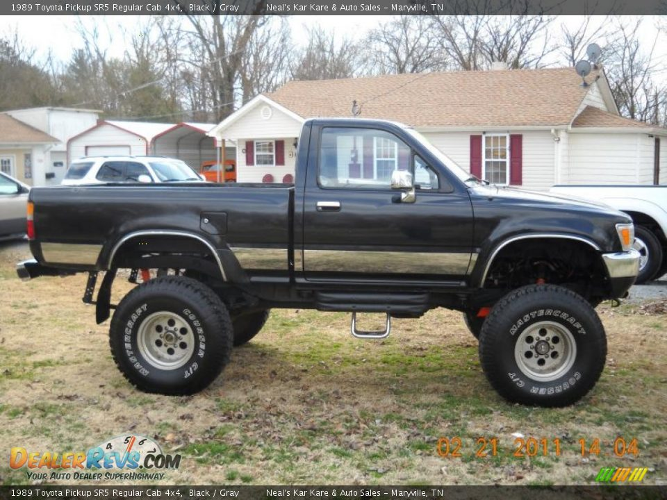 1989 toyota pickup 4x4 car interior design. Black Bedroom Furniture Sets. Home Design Ideas