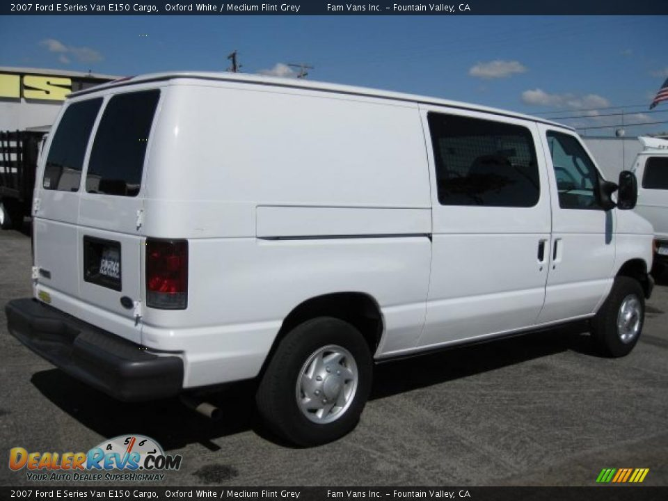 2007 ford e series van e150 cargo oxford white medium. Black Bedroom Furniture Sets. Home Design Ideas