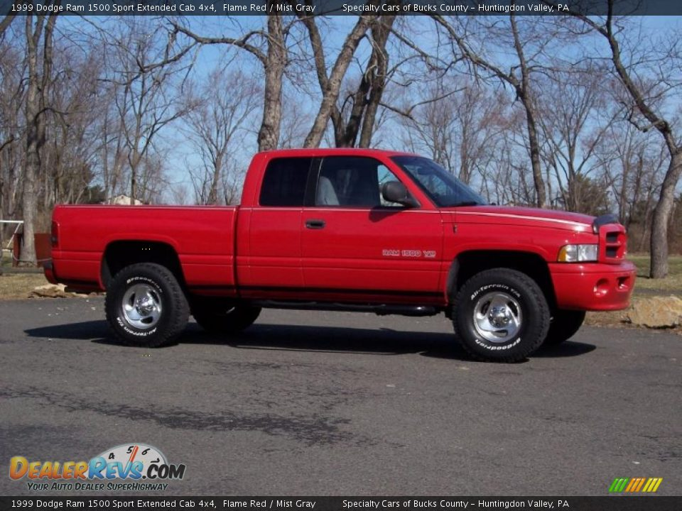 1999 dodge ram 1500 sport extended cab 4x4 flame red mist gray photo 2. Black Bedroom Furniture Sets. Home Design Ideas