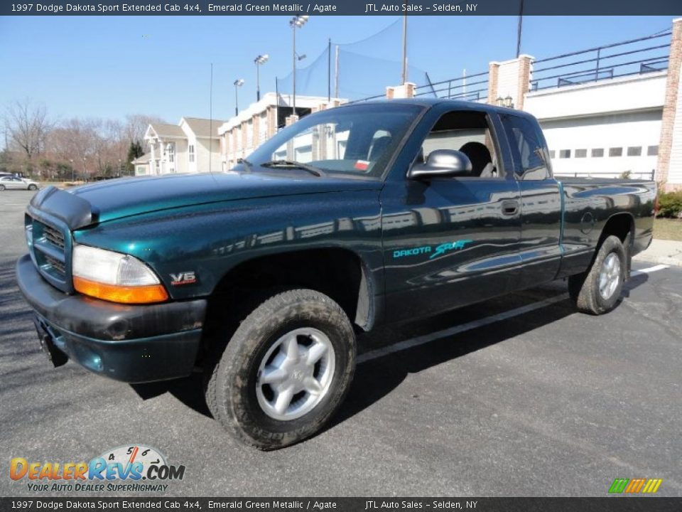 Photo on Green 1997 Dodge Dakota