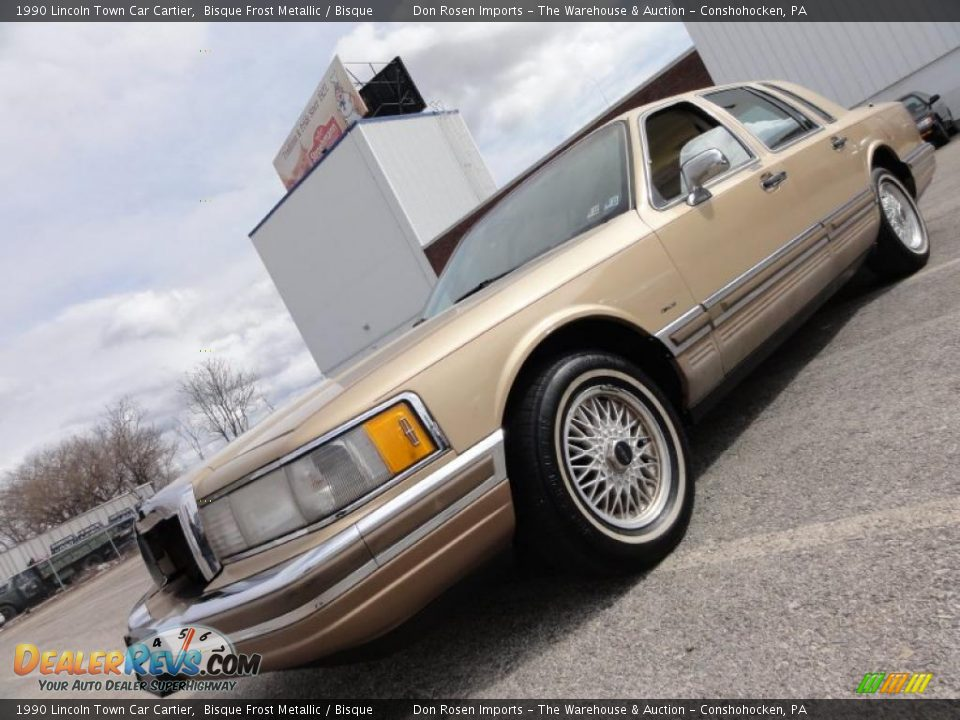 1990 lincoln town car cartier bisque frost metallic bisque photo 1. Black Bedroom Furniture Sets. Home Design Ideas