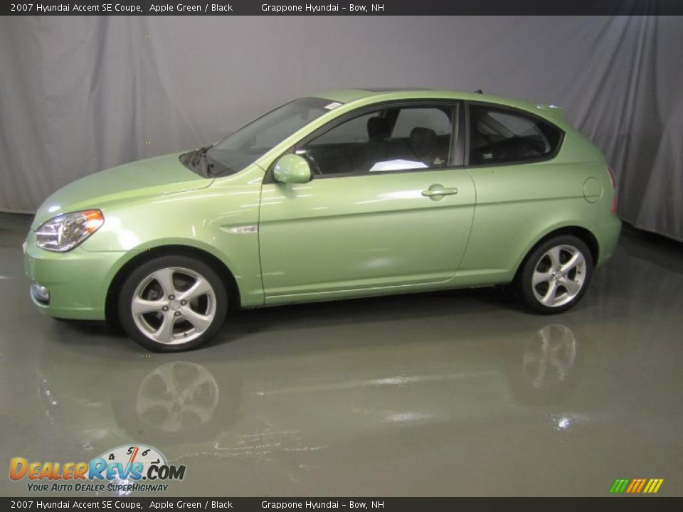 Apple Green 2007 Hyundai Accent SE Coupe Photo 3