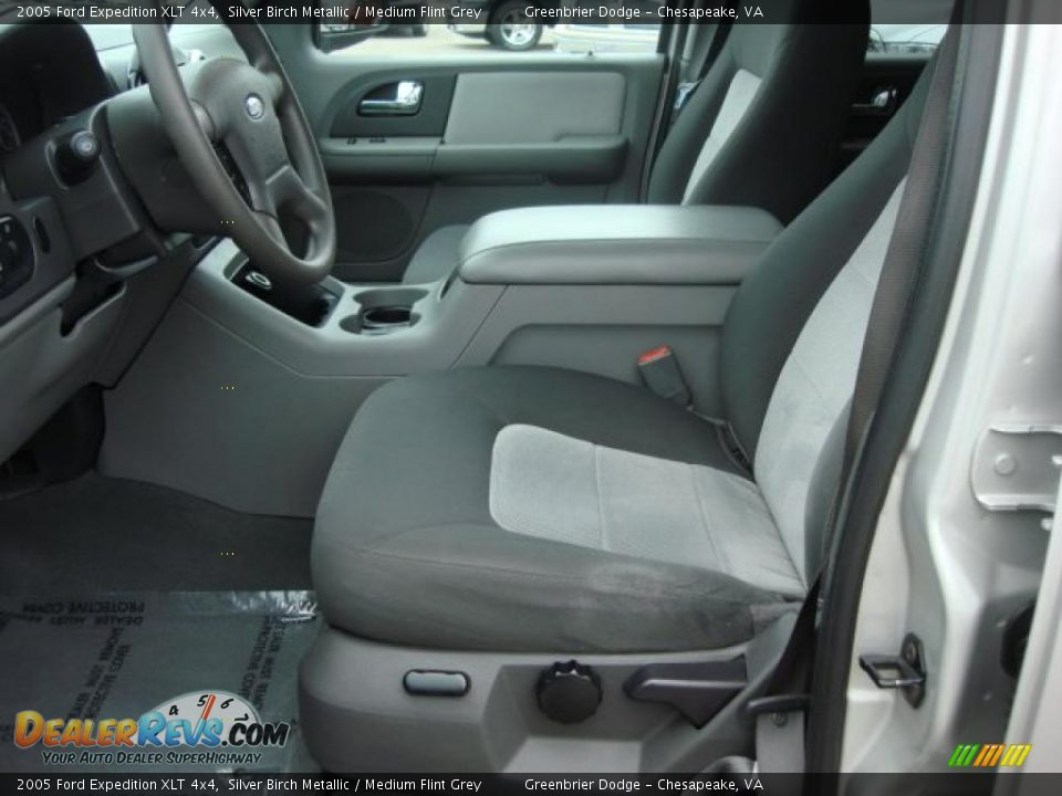 Medium Flint Grey Interior 2005 Ford Expedition Xlt 4x4 Photo 10