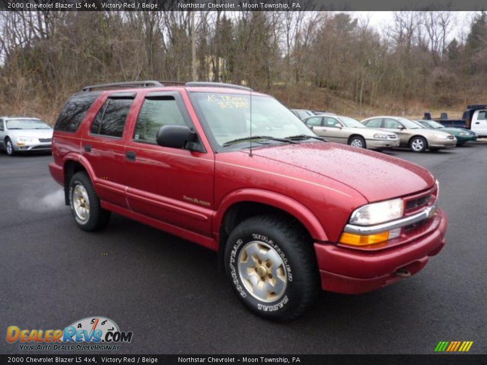2000 Chevrolet Blazer LS 4x4 Victory Red / Beige Photo #1
