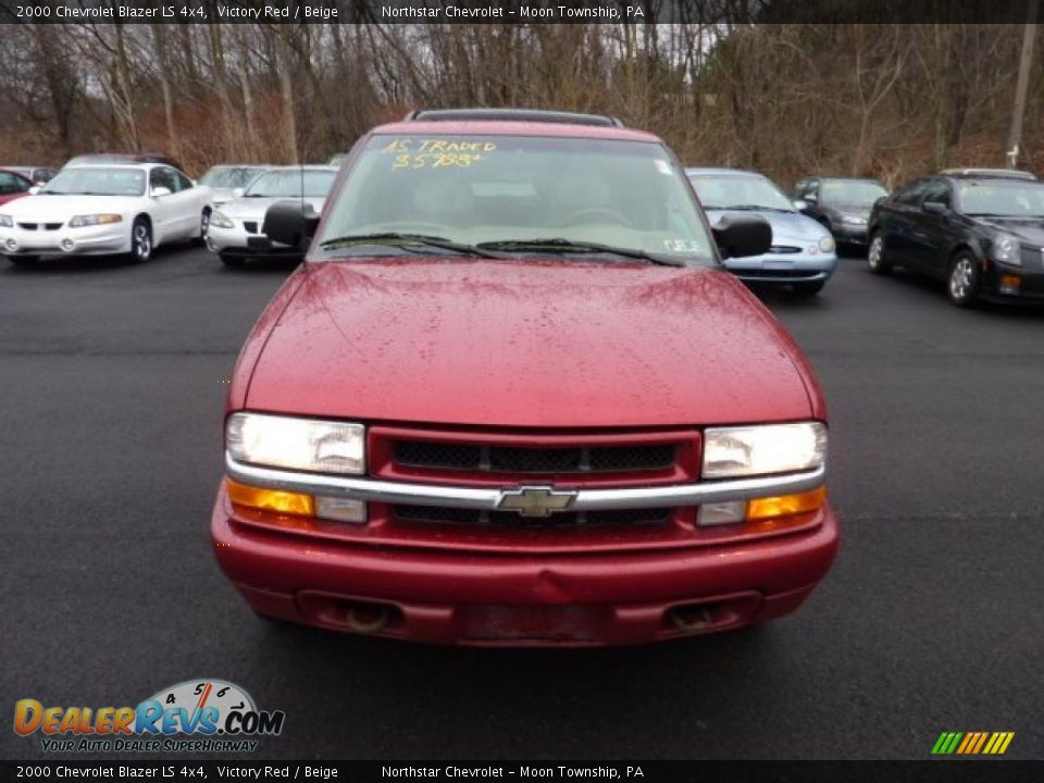 2000 Chevrolet Blazer LS 4x4 Victory Red / Beige Photo #2