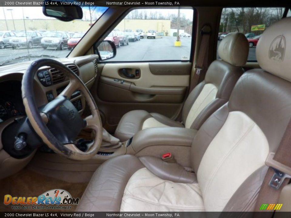 2000 Chevrolet Blazer LS 4x4 Victory Red / Beige Photo #7