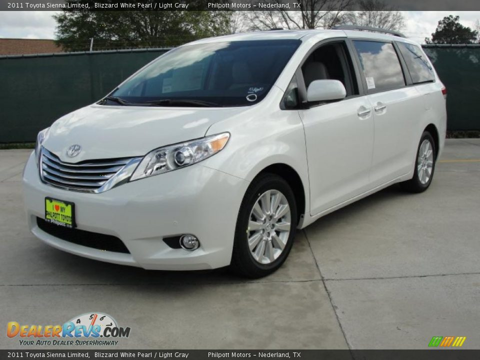 Used Cars Toyota Sienna Blizzard White Pearl 2011 Toyota Sienna Limited Photo #7 | DealerRevs ...