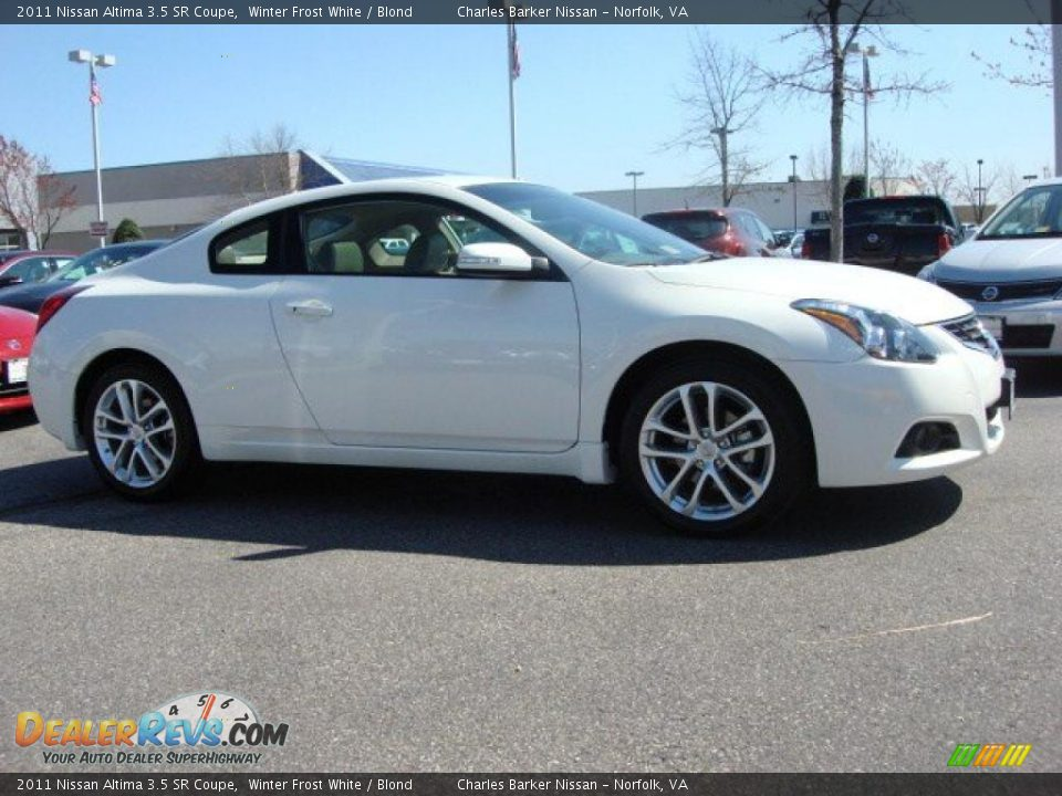 2011 nissan altima 3 5 sr coupe winter frost white blond. Black Bedroom Furniture Sets. Home Design Ideas
