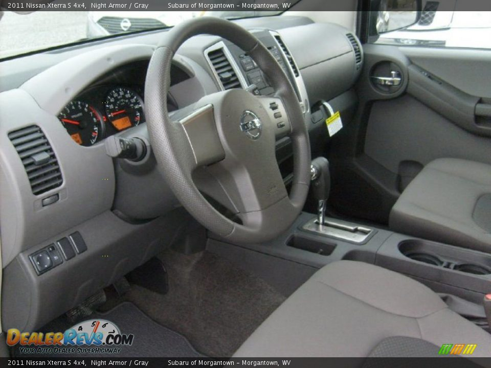 gray interior 2011 nissan xterra s 4x4 photo 13. Black Bedroom Furniture Sets. Home Design Ideas