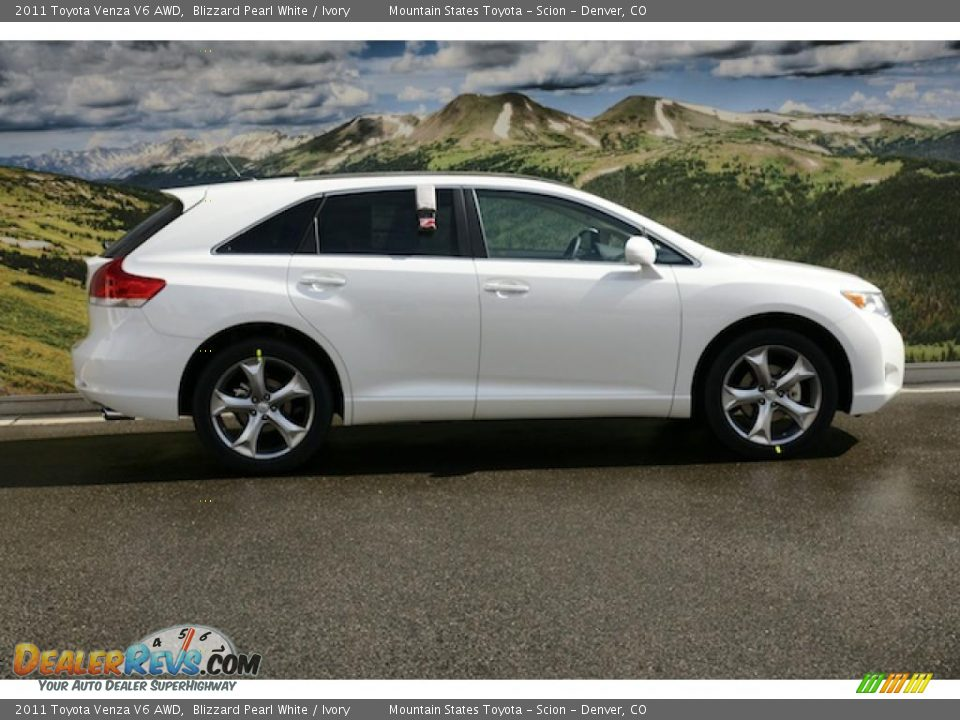 blizzard pearl white 2011 toyota venza v6 awd photo 2. Black Bedroom Furniture Sets. Home Design Ideas