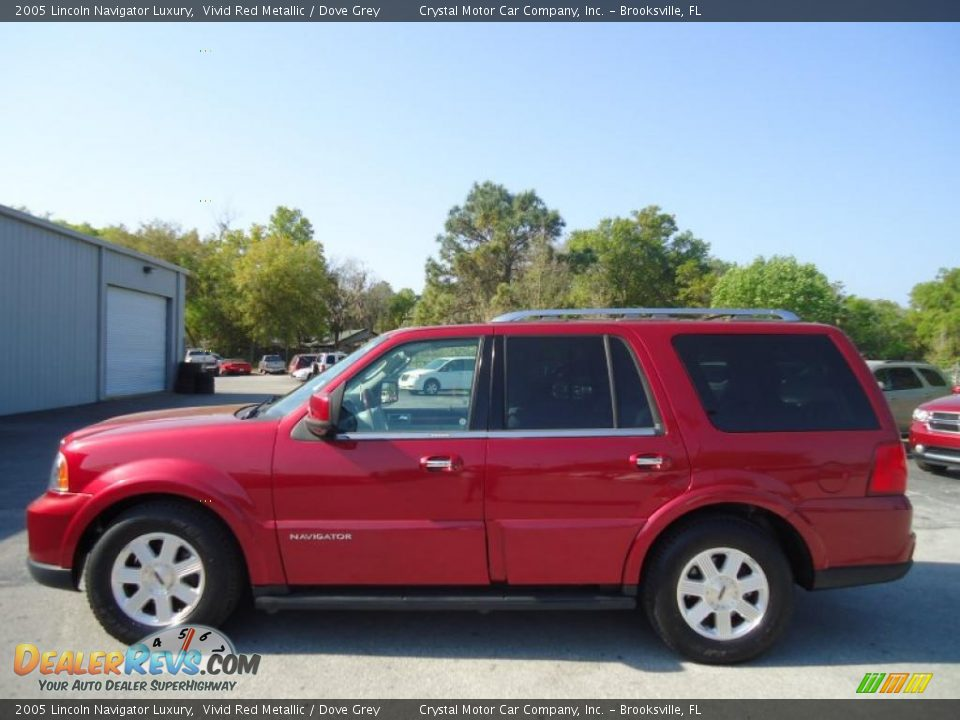Vivid red metallic 2005 lincoln navigator luxury photo 2 for State motors lincoln dealer manchester nh