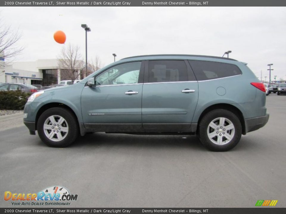2009 Chevy Traverse LT Gray
