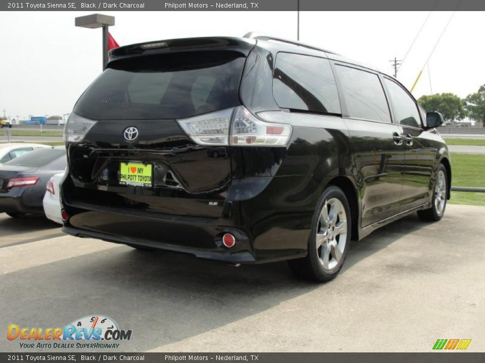 2011 toyota sienna se black dark charcoal photo 3. Black Bedroom Furniture Sets. Home Design Ideas
