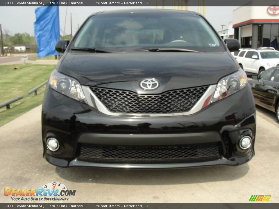 2011 Toyota Sienna Se Black Dark Charcoal Photo 8