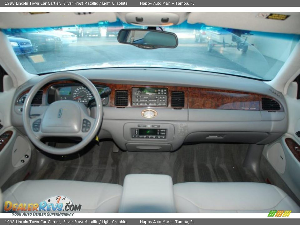 Dashboard Of 1998 Lincoln Town Car Cartier Photo 12