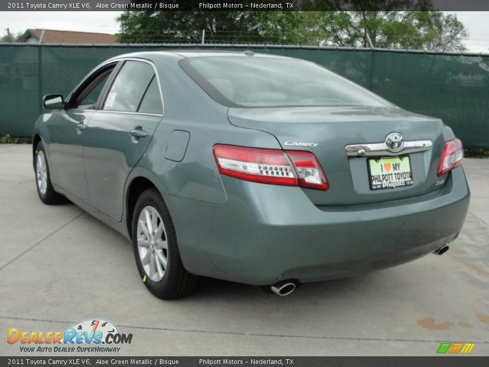2011 toyota camry xle v6 aloe green metallic bisque. Black Bedroom Furniture Sets. Home Design Ideas