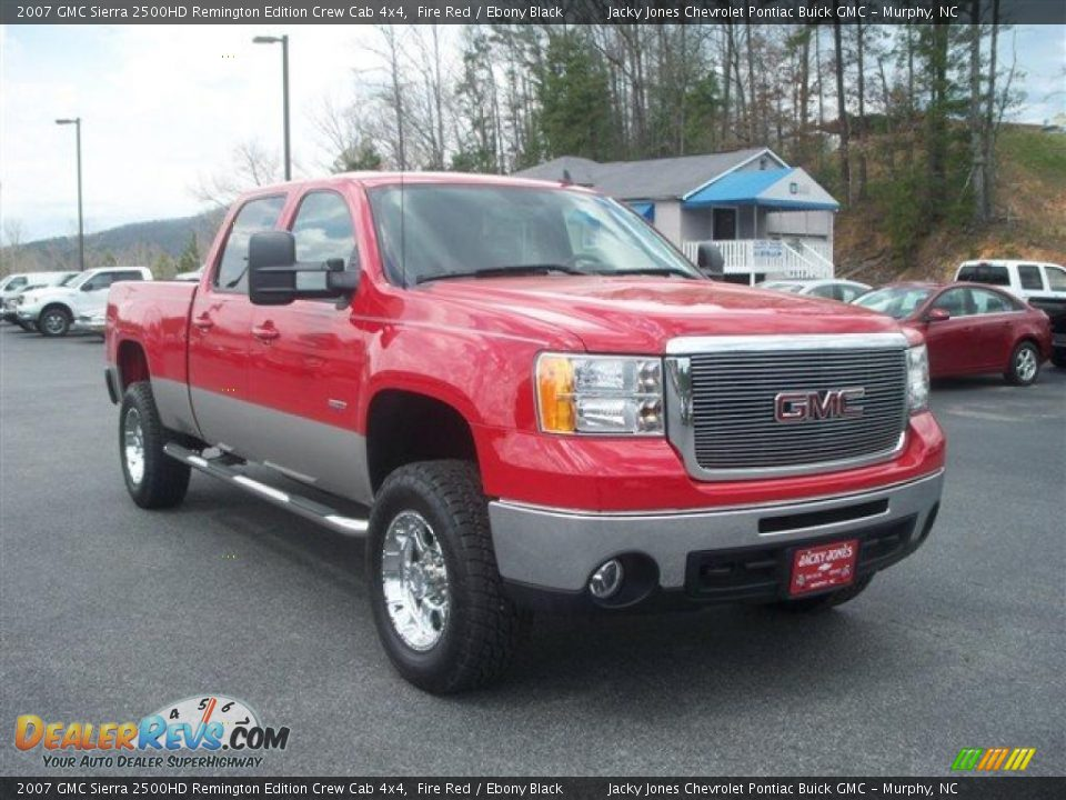 Front 3/4 View of 2007 GMC Sierra 2500HD Remington Edition ...
