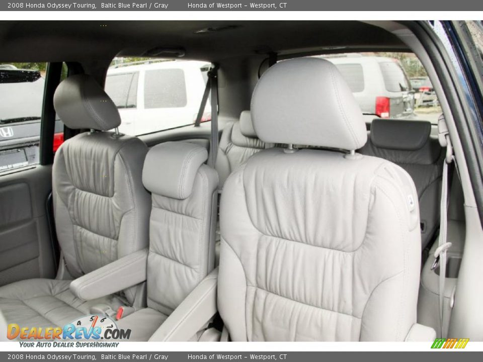 gray interior   2008 honda odyssey touring photo 12