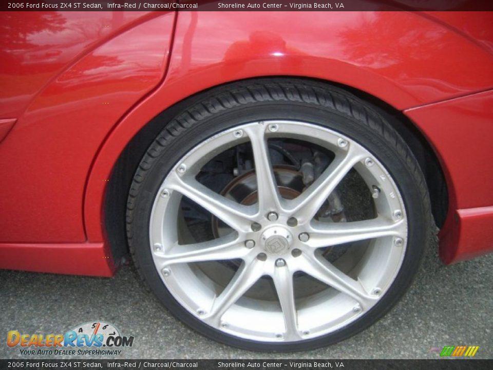 Custom Wheels of 2006 Ford Focus ZX4 ST Sedan 22