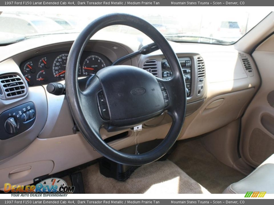 Dashboard of 1997 ford f150 lariat extended cab 4x4 photo 8 dealerrevs com