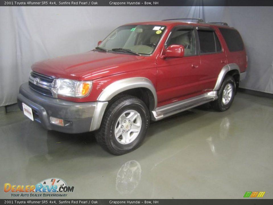 2001 Toyota 4Runner SR5 4x4 Sunfire Red Pearl / Oak Photo #1 | DealerRevs.com
