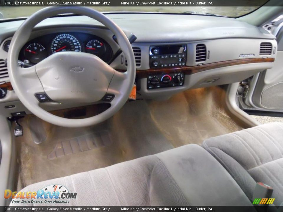 medium gray interior 2001 chevrolet impala photo 15. Black Bedroom Furniture Sets. Home Design Ideas