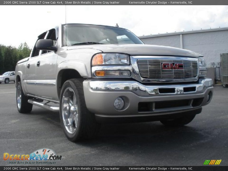 2006 gmc sierra 1500 slt crew cab 4x4 silver birch metallic stone gray leather photo 1. Black Bedroom Furniture Sets. Home Design Ideas